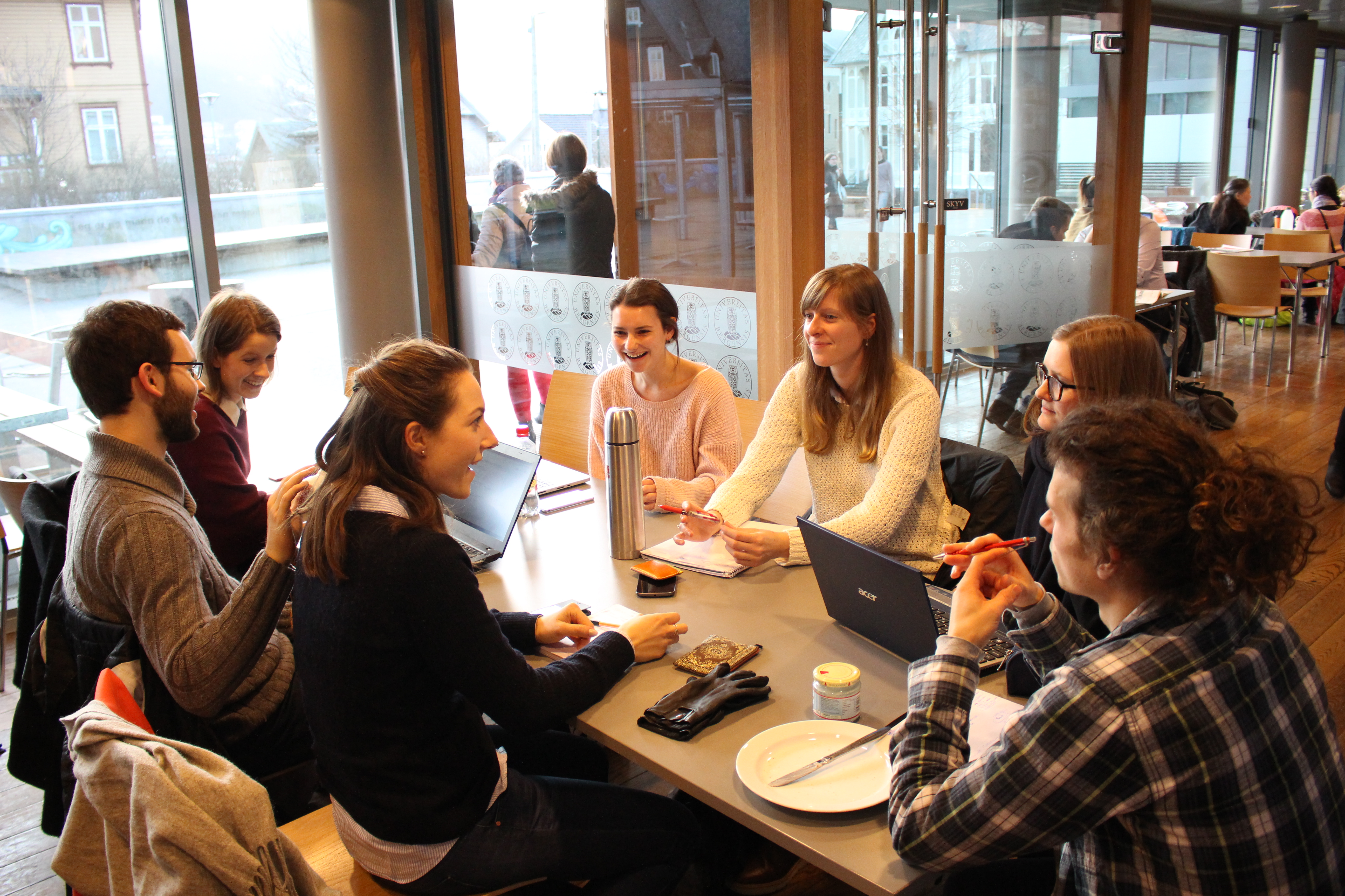 Round table discussion students - Meeting In January 2017